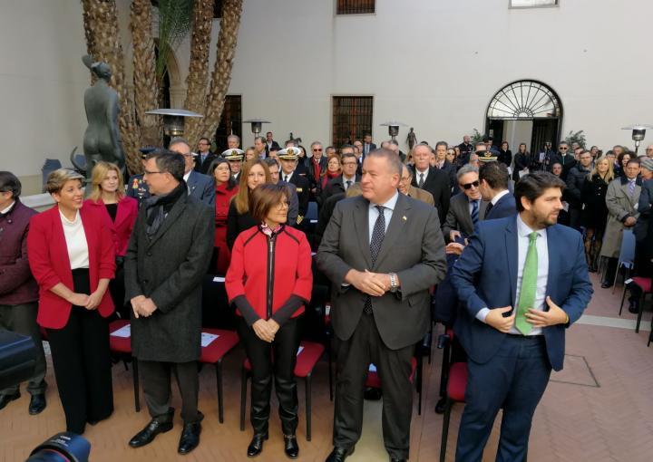 La presidenta de la Asamblea Regional, Rosa Peñalver, ha asistido hoy al acto conmemorativo del XXXIX Aniversario de la Constitución Española