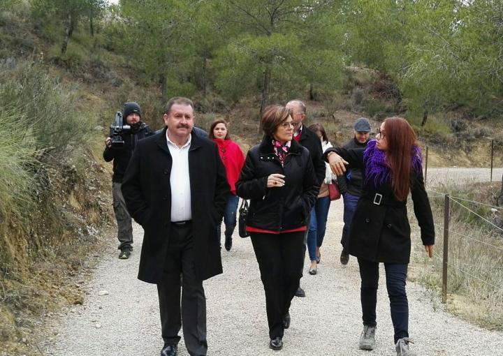 La presidenta de la Asamblea Regional, Rosa Peñalver, ha visitado el yacimiento argárico de La Bastida de Totana