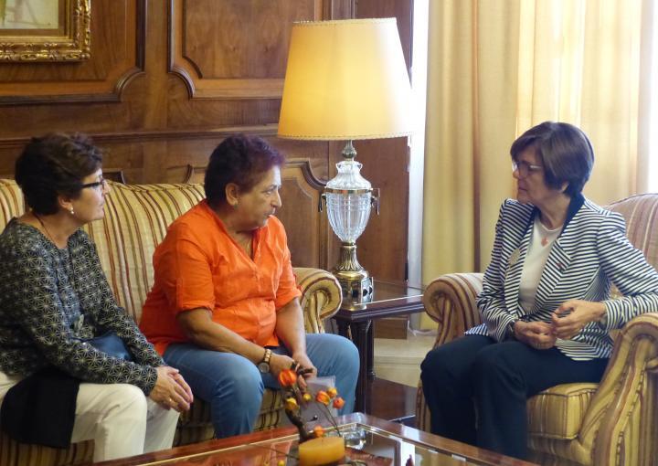 La presidenta de la Asamblea Regional, Rosa Peñalver, ha recibido a la junta directiva de la Asociación Memoria Histórica de Cartagena