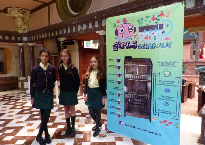 Las ED Robotic Girls han presentado su proyecto en el Parlamento murciano