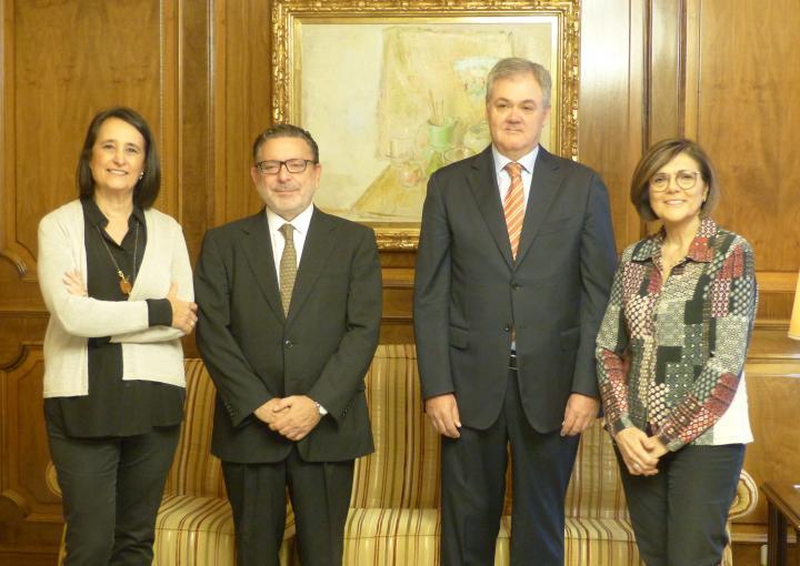 La presidenta de la Asamblea Regional, Rosa Peñalver, ha recibido a representantes de ISEN