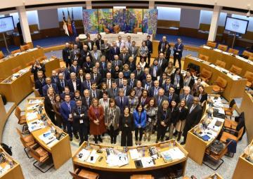 La presidenta de la Asamblea Regional, Rosa Peñalver, participa en Azores en el plenario de CALRE