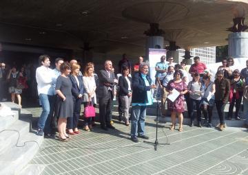 Diego Cruzado, presidente de la EAPN-RM, se dirige a los asistentes a la lectura del Manifiesto contra la pobreza.