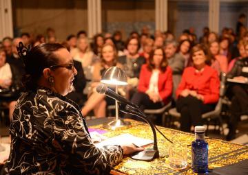 La Asamblea Regional ha celebrado con Martirio el Día Internacional de la Mujer