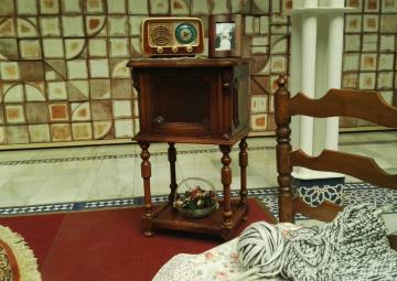 Una estampa costumbrista recrea la España de principios de los años 20, momento en que la copla comenzaba a escucharse