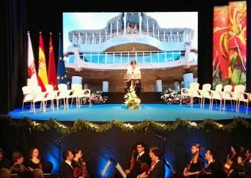 La presidenta de la Asamblea, Rosa Peñalver, durante la lectura de su discurso en el Día de la Región