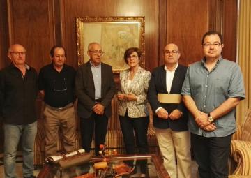 La presidenta de la Asamblea Regional, Rosa Peñalver, ha recibido a la Federación de Asociaciones del Mar Menor, FAMM