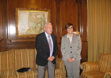 El presidente del Consejo de la Transparencia, José Molina, ha presentado el informe anual del órgano independiente a Peñalver