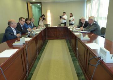 José Molina se ha reunido con los Grupos Palamentarios