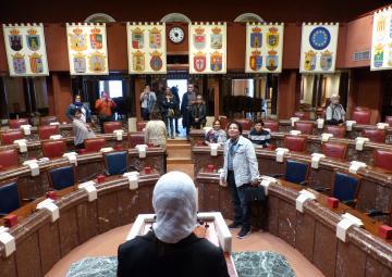 Organizadoras y participantes en el IX Congreso Internacional Audem han visitado la Asamblea