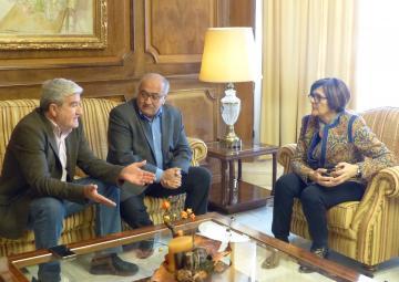 La presidenta de la Asamblea Regional, Rosa Peñalver, ha recibido a los presidentes de COAG-IR Murcia, Miguel Padilla y de Fecoam, Santiago Martínez