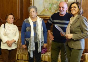 La presidenta de la Asamblea Regional, Rosa Peñalver, recibe a la Federación de Memoria Histórica