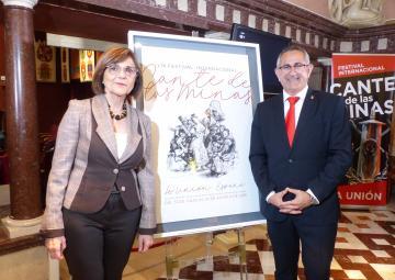 La presidenta de la Asamblea Regional, Rosa Peñalver, y el presidente de la Fundación Cante de las Minas y alcalde de La Unión, Pedro López