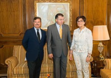 El Consejo Escolar de la Región de la Murcia ha visitado a la presidenta de la Asamblea