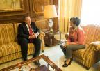 La presidenta de la Asamblea Regional ha recibido al delegado del Gobierno, Francisco Bernabé