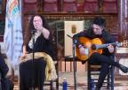 Actuación de María José Carrasco, Lámpara Minera 2018, acompañada por Antonio Muñoz, Bordón Minero 1989 y guitarrista oficial del Festival