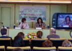 Almudena Grandes recibe el primer premio 'Memoria Histórica de la Región de Murcia' en la Asamblea