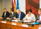 La presidenta de la Asamblea y los Grupos Parlamentarios se han adherido al Pacto por la Infancia